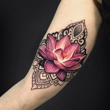 20 Gorgeous Lotus Tattoos Every Zen Mom Will Want