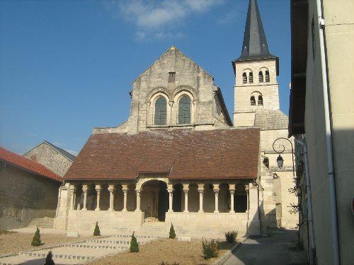 Eglise Saint-Sauveur te Hermonville (Marne 51)