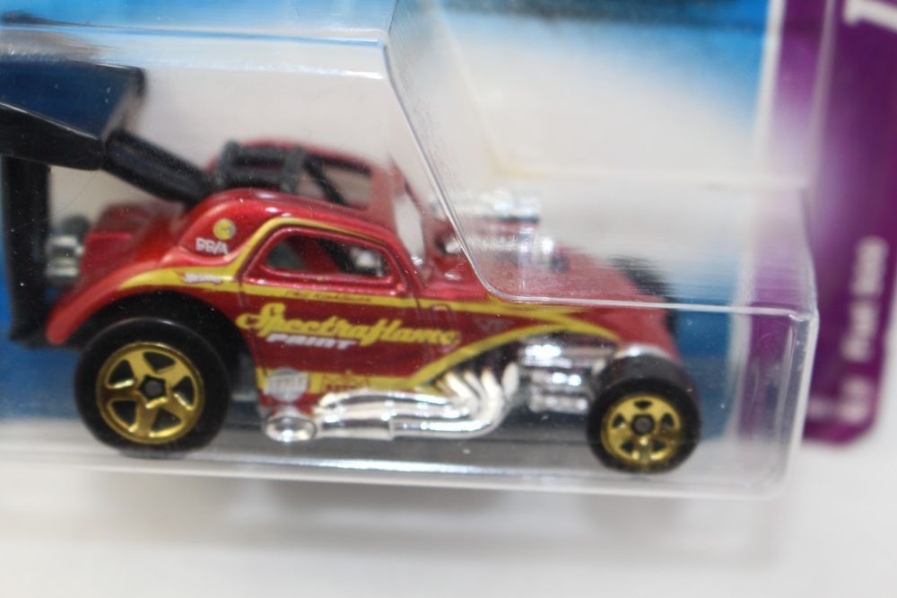 "HOT WHEELS DRAG RACING TEAM FIAT 500 C ""SPECTRAFLAME"" 2008"