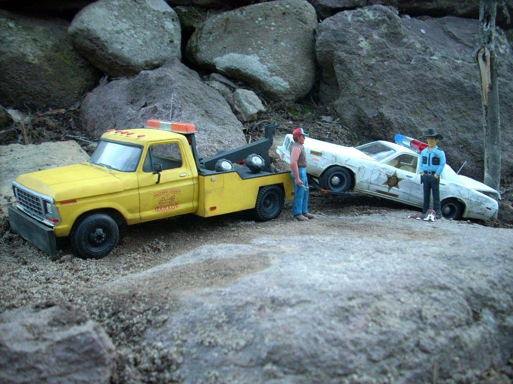 Junkyard Models | Dukes of Hazzard Cooter\'s Yellow Ford Tow Truck ...