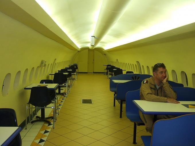 داخل طياره استنا بالسعودية مطعم كودو Home Decor Conference Room Decor