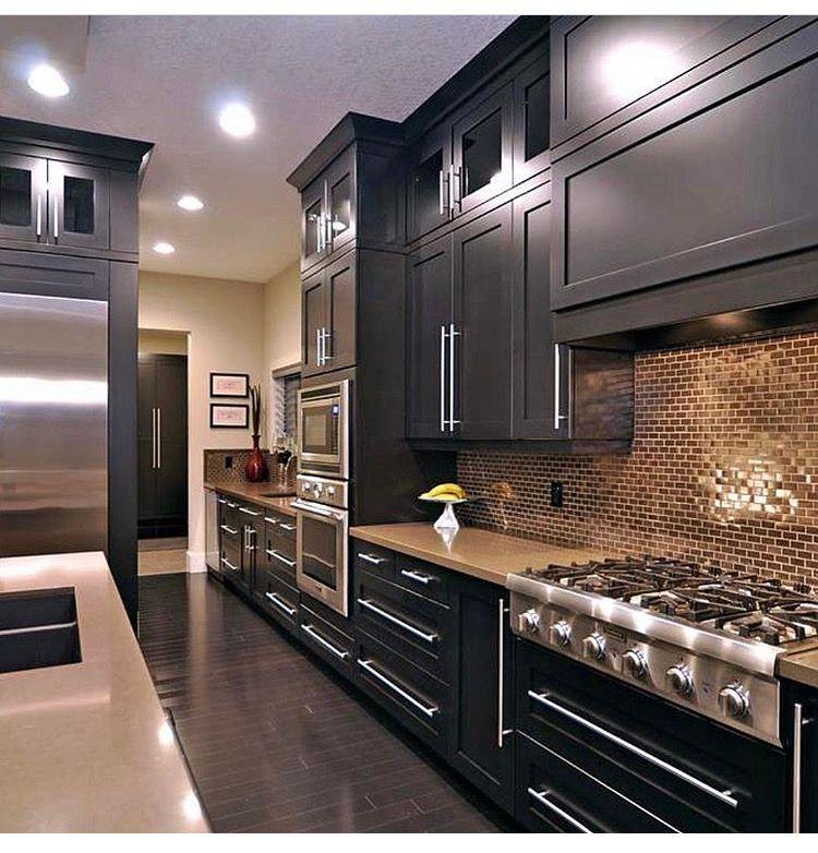 Mirrored or stainless steel backsplash tiles | kitchen | Pinterest ...