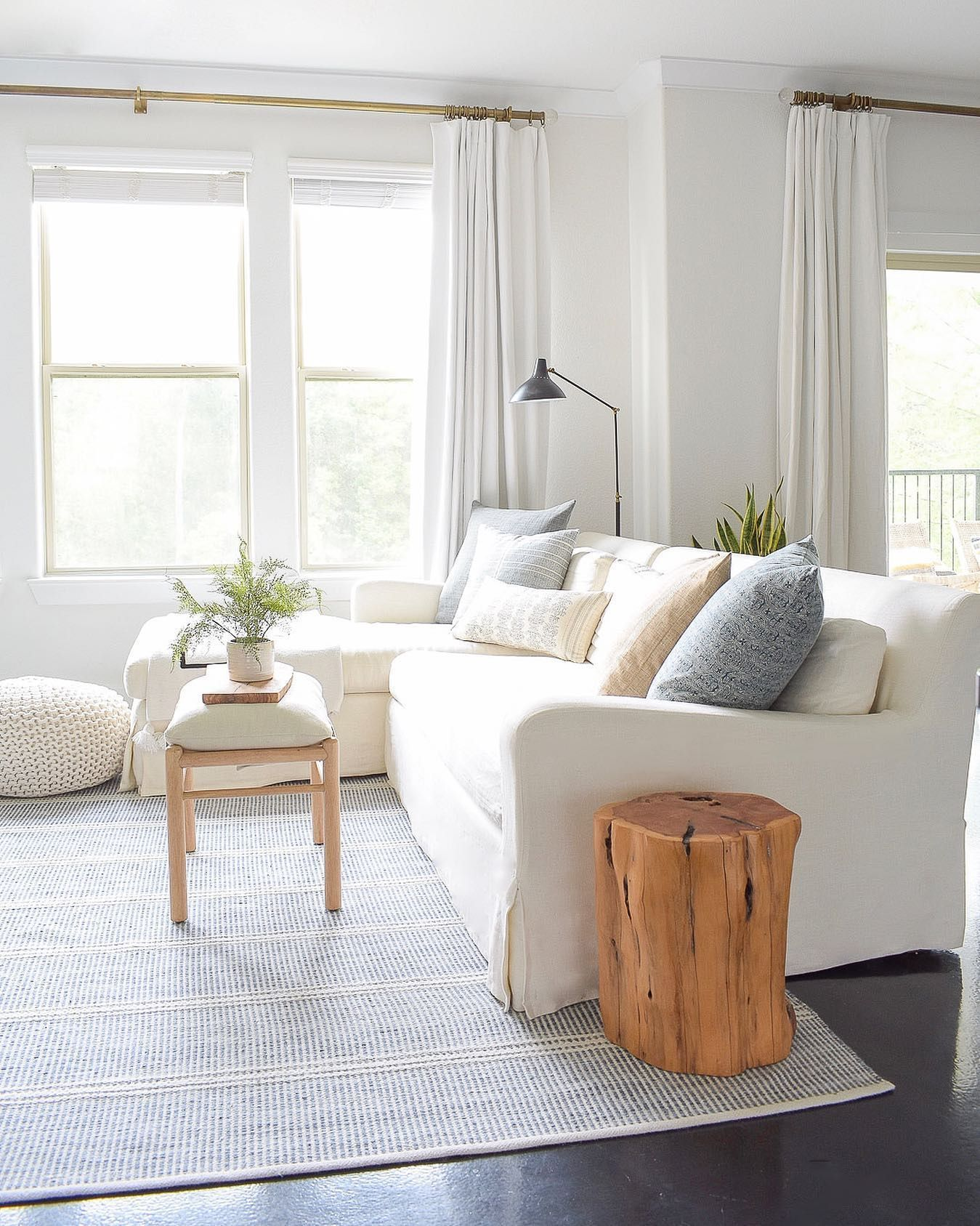 My Top 5 Summer Decorating Tips A Airy Summer Home Tour Zdesign At Home Summer Decor Home Living Room Decor