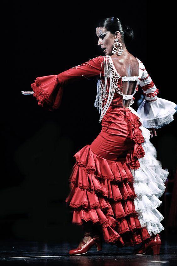 Pin by Stephen on Flamenco Dancers | Flamenco dress ...