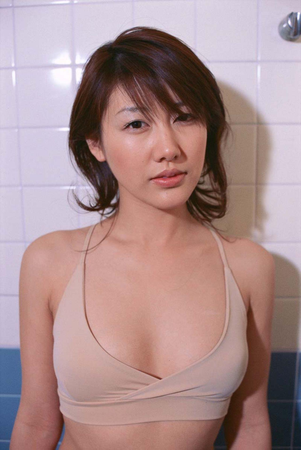 megumi yasu Megumi Yasu