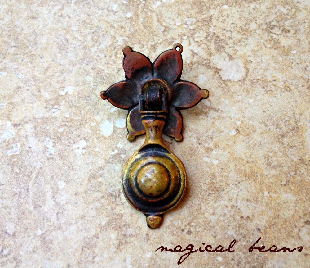 antique daisy pendant brass pull authentic restoration vintage hardware rosette tear drop drawer pulls
