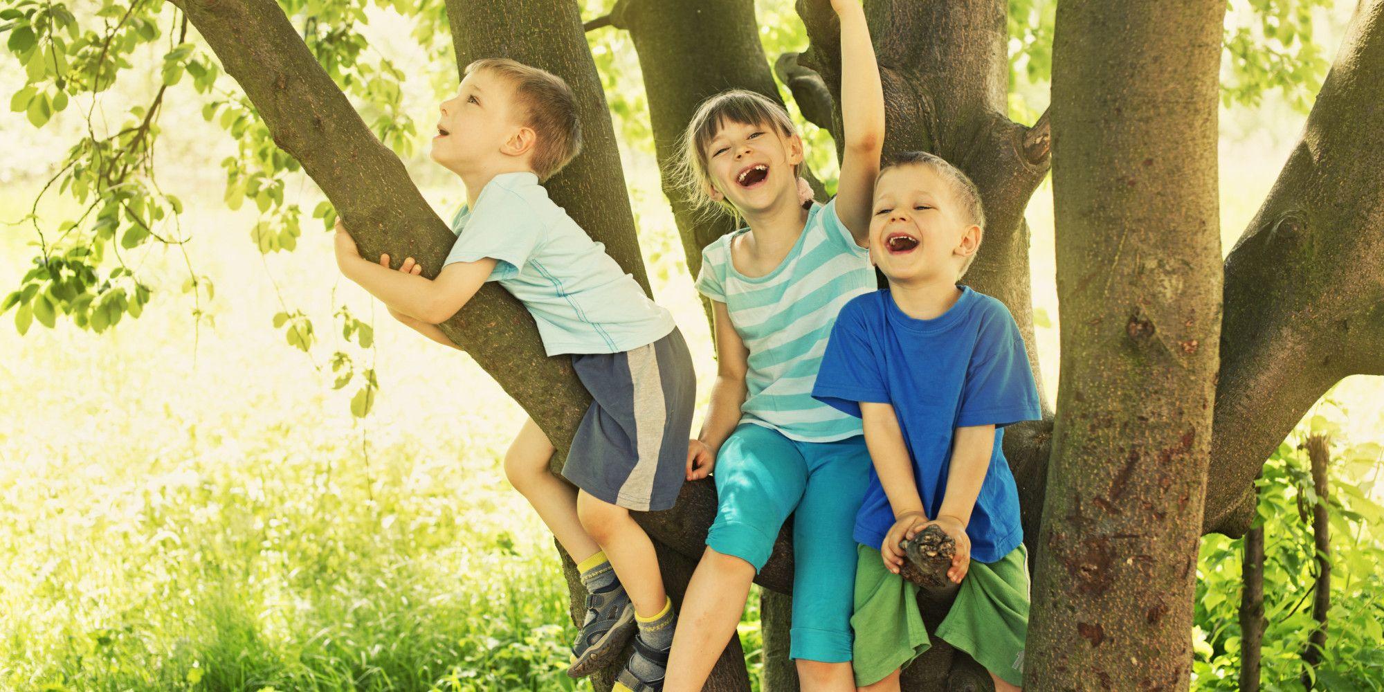Aktif bermain dan banyak gerak bikin anak laki-laki lebih lancar membaca.