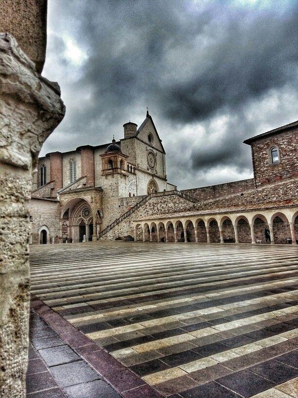 """""""Un raggio di sole è sufficiente per spazzare via molte ombre."""" Assisi"""