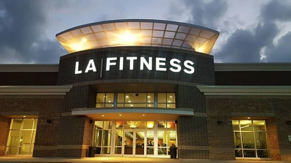 La Fitness Fires 3 Employees For Racial Profiling Relevant La Fitness La Fitness Gym Fitness