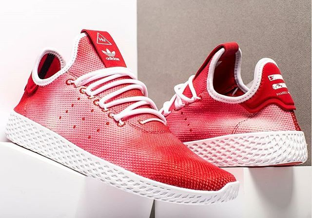 Pharrell X Adidas Tennis Hu Red Holi Festival Da9615 Stomperkicks Sneakers Kicks Adidas Pharrellwilliams Stomperki Trending Sneakers Sneakers Red Adidas