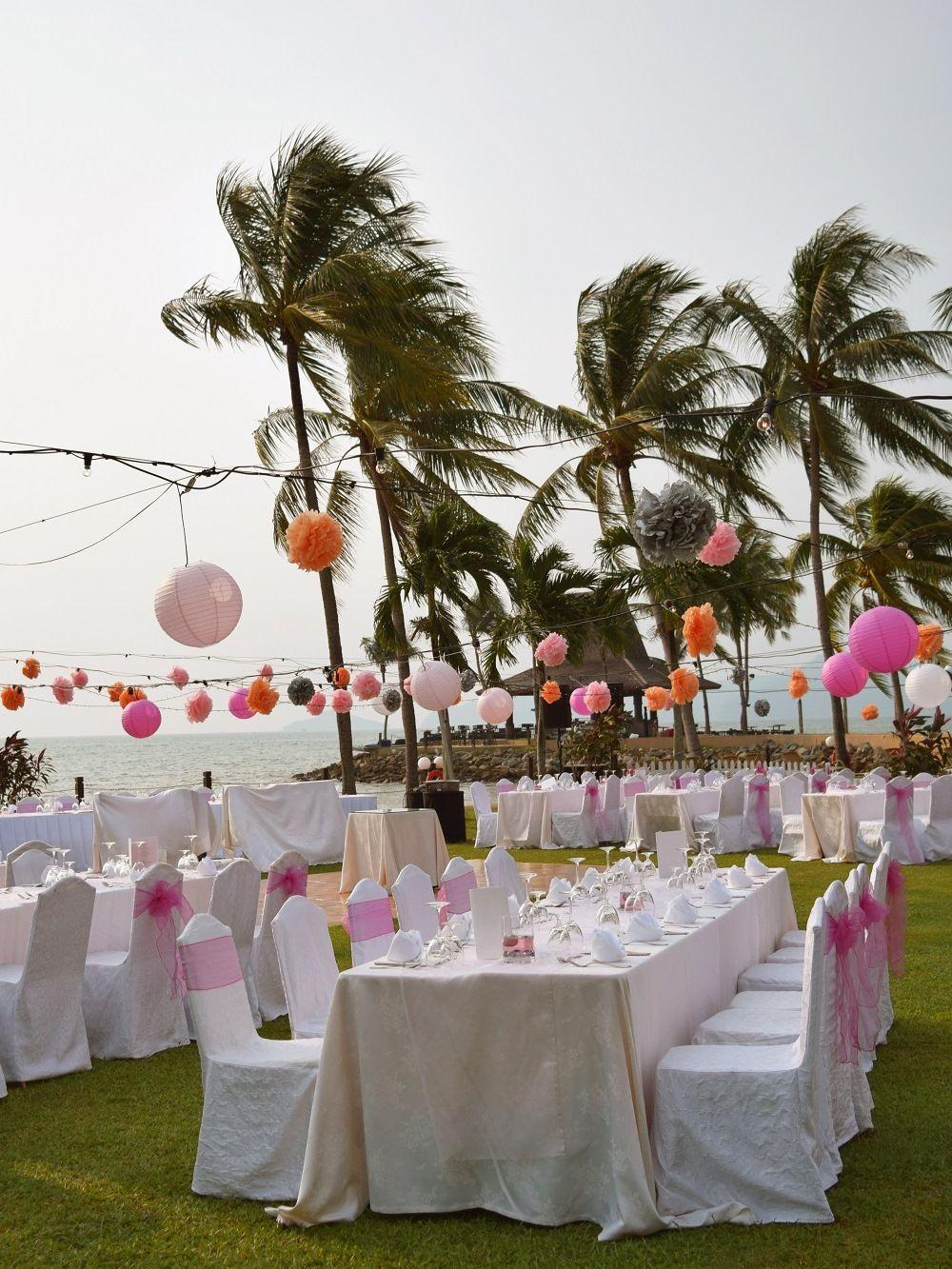 A dreamy sunset wedding at tanjung garden with ocean view at a dreamy sunset wedding at tanjung garden with ocean view at shangri sunset weddingkota kinabaluresort spa junglespirit Images