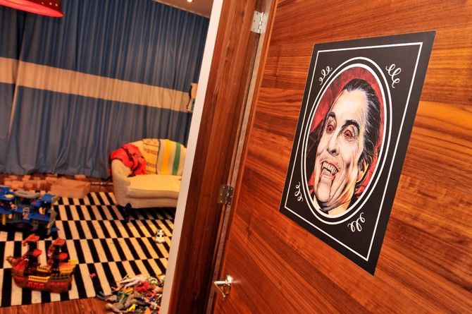 Here are some DIY Halloween decorating tips by the Novogratz. Check out this paranormal decal portrait.
