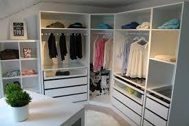 Ankleidezimmer Ikea ~ Walk in closet ankleidezimmer begehbarer kleiderschrank ikea