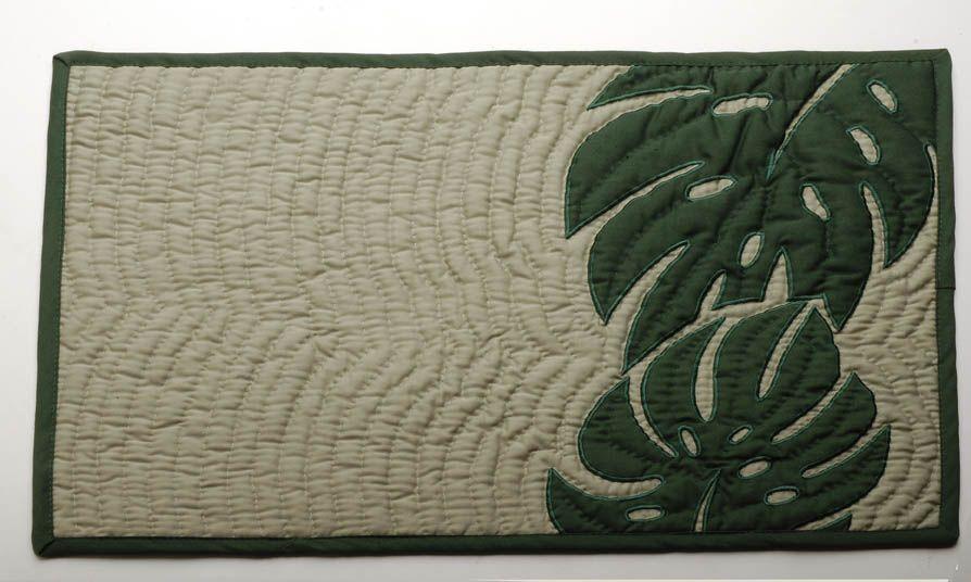Modern hawaiian quilt: ulu hawaiian quilts | Ulu Nui Collection™ Hawaiian Elegance