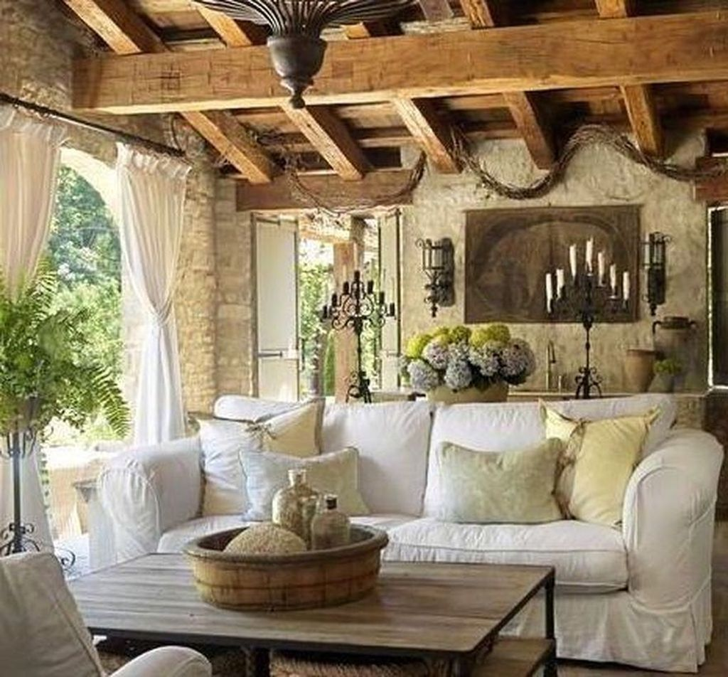 32 Stunning Italian Rustic Decor Ideas For Your Living Room French Living Room Decor Rustic Italian Decor Country Living Room Design