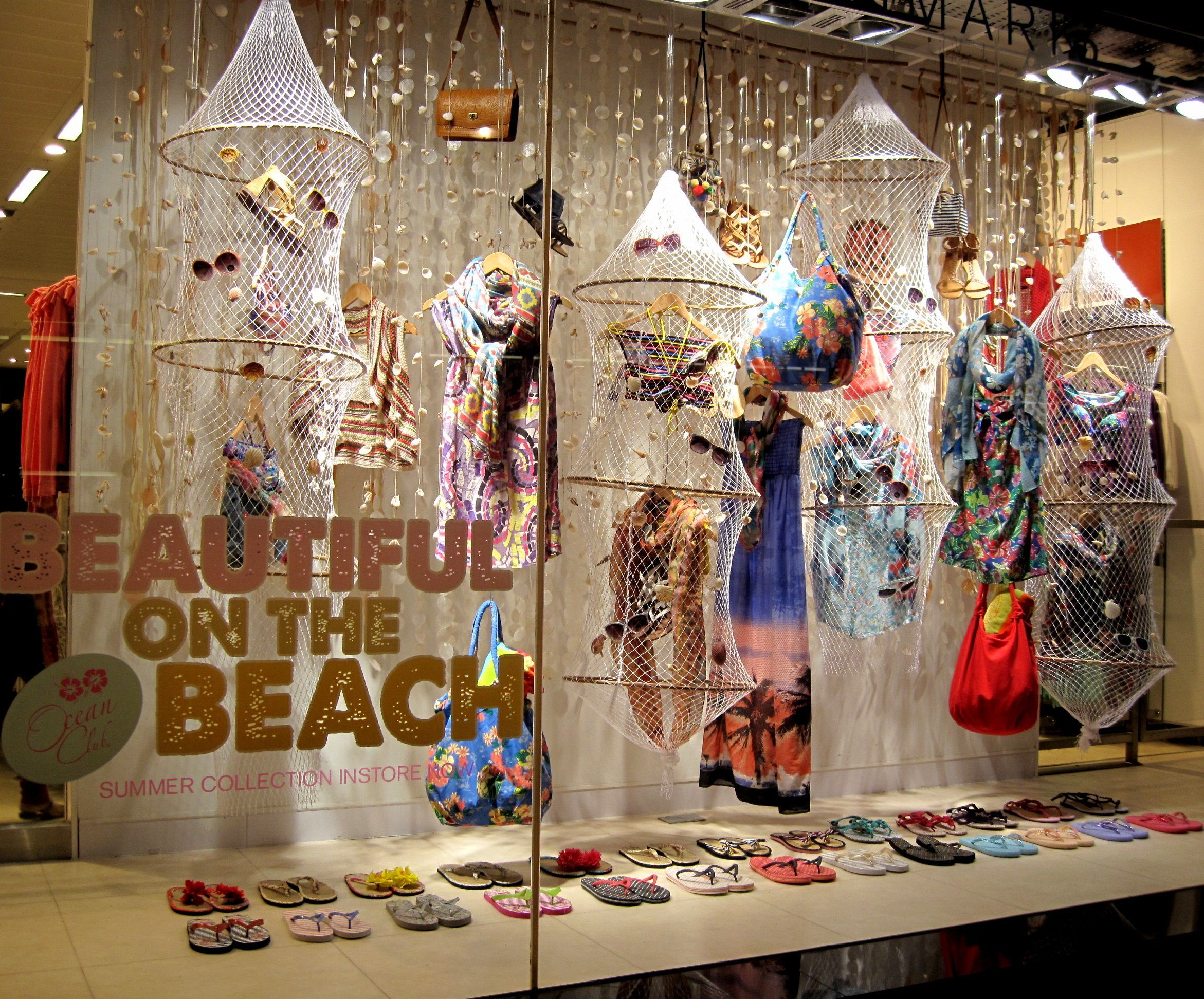 visual merchandising in line with apparel Visual merchandising  visual merchandising for fashion (basics fashion management)  amazoncom corporate credit line shop with points.
