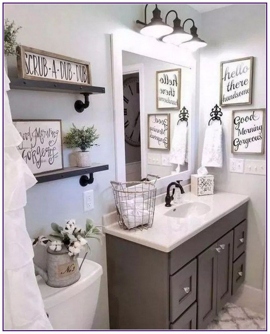 29 The Best Small Bathroom Decor Ideas With Farmhouse Style 00004