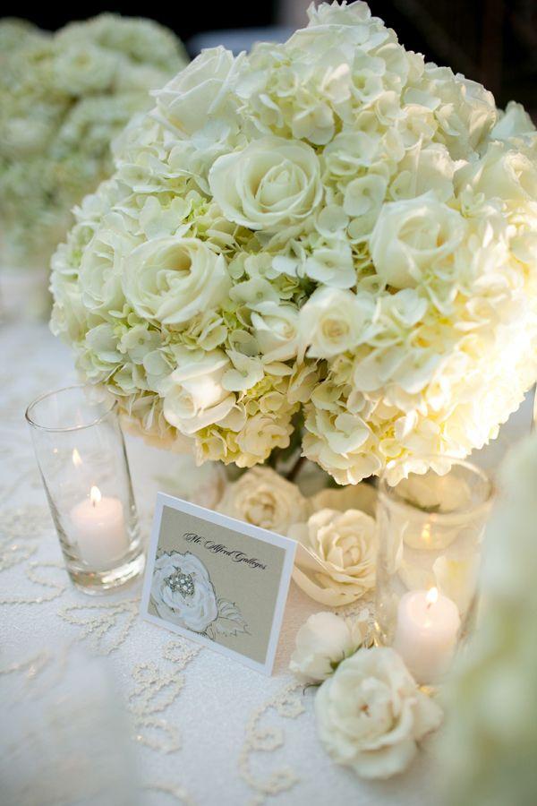 Hydrangea and Rose Arrangement   Blumen