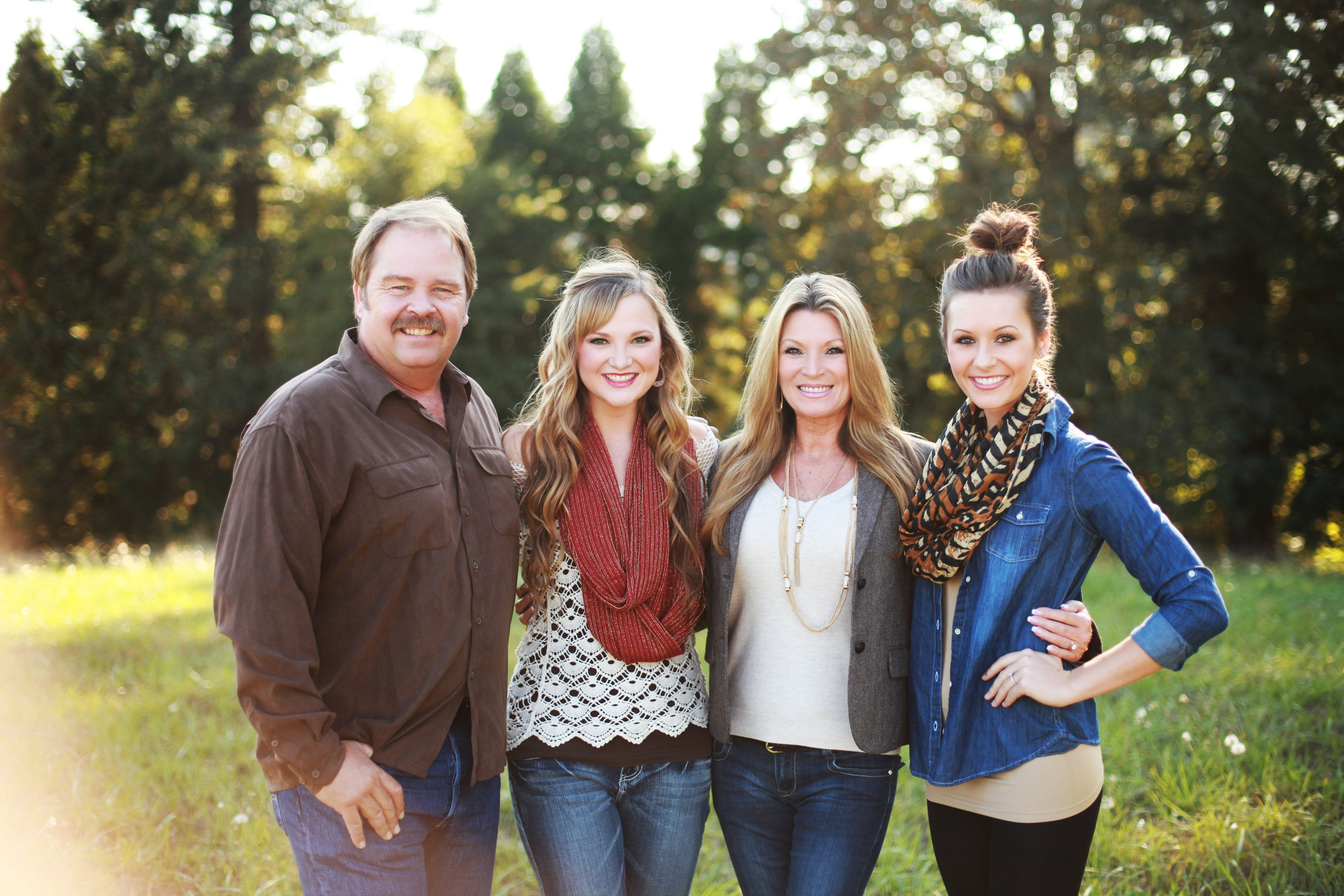 Family Photoshoot. What to wear. Haley Graham Photography
