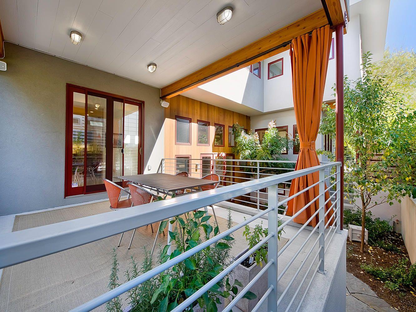 объявлений фото балкон частного дома второй этаж максим вызволяет его