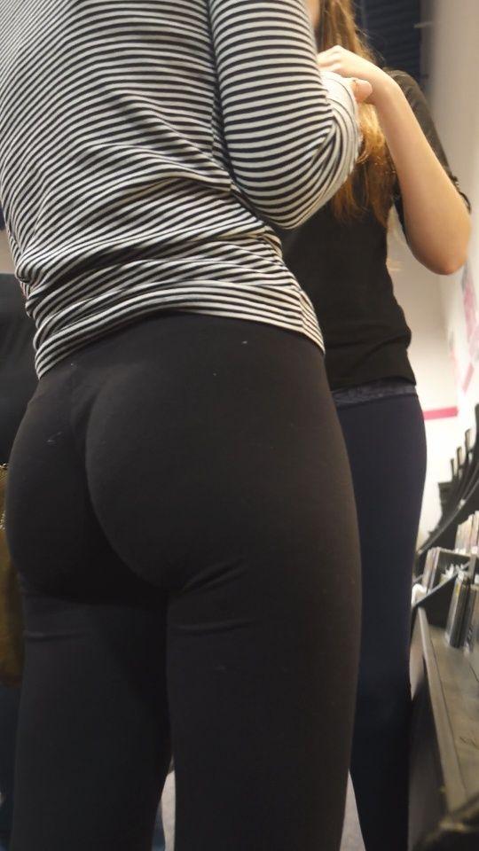 Yoga Pants  C B Spandex Teens Hd Candid Videos Page  Teen Hd Girls Volleyball Shorts
