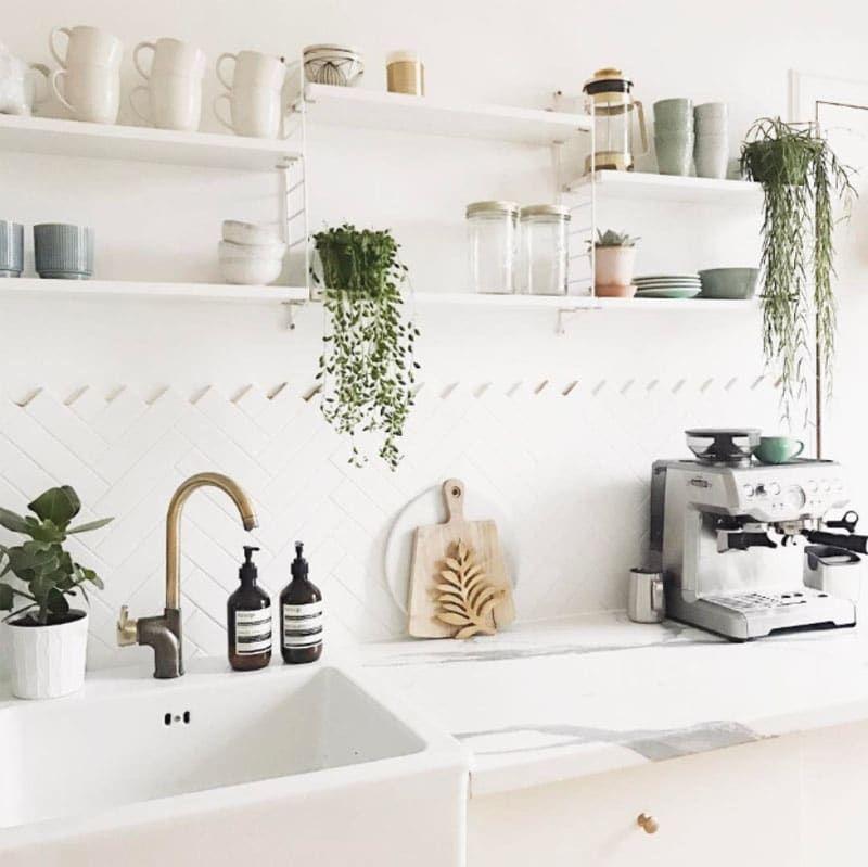 DIY : comment poser une crédence dans une cuisine ?