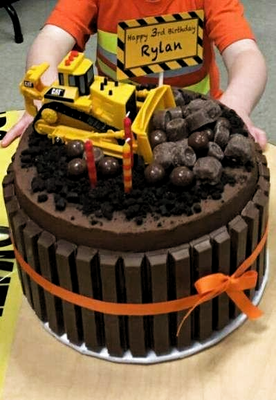New Birthday Cake Boys Tractor Dump Trucks 57 Ideas Cake Birthday In 2020 Construction Cake Birthday Cake Kids New Birthday Cake