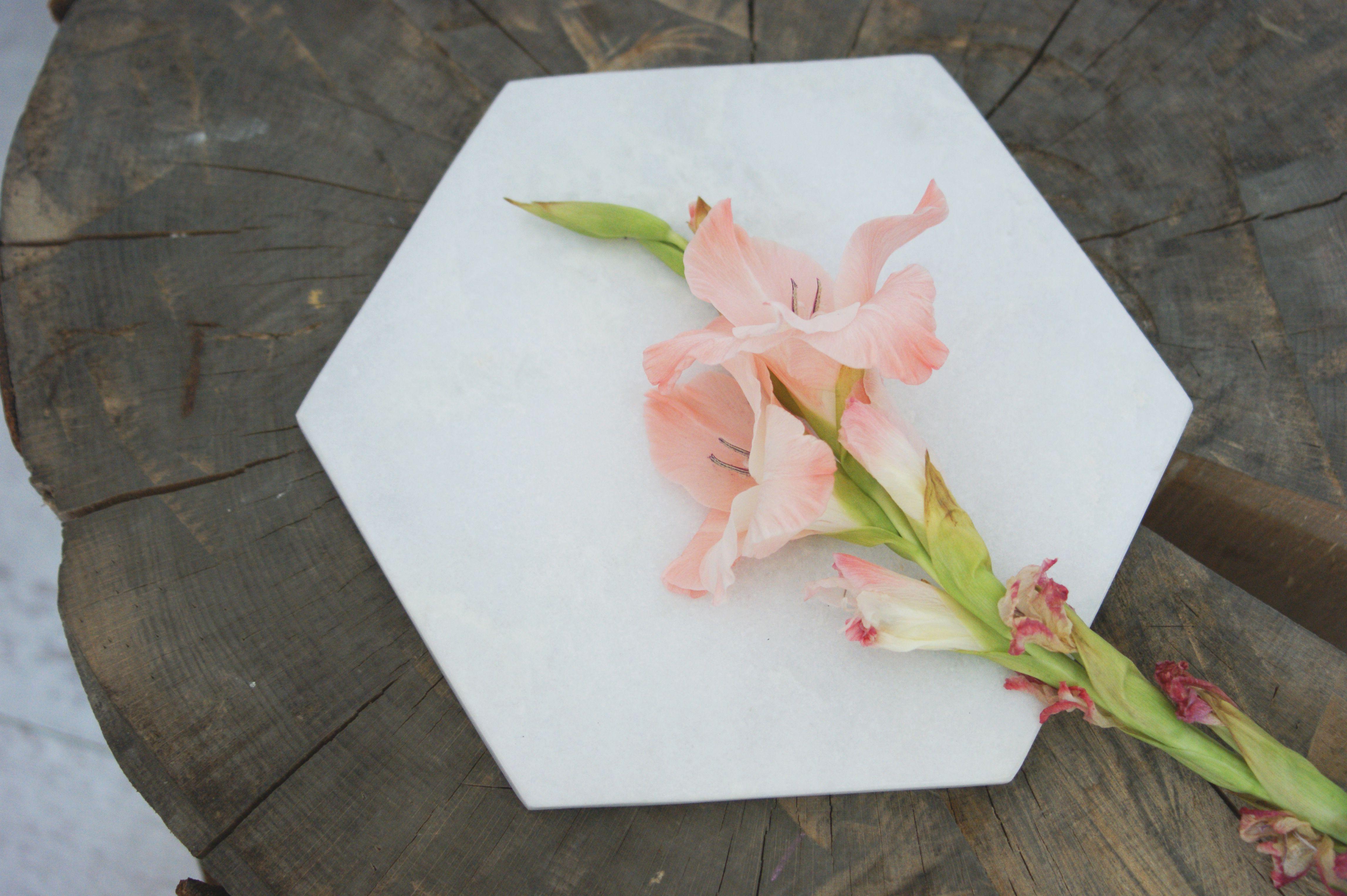 Marble board Bloomingville   http://opaandcompany.com/sklep/akcesoria-kuchnia/marmurowa-deska/