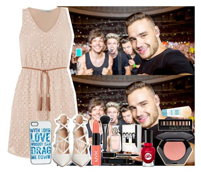 """""""Taking photos with 1 Direction after the Concert!//Nikki"""" by fangirls-icons ❤ liked on Polyvore featuring art and nikkisimainges"""