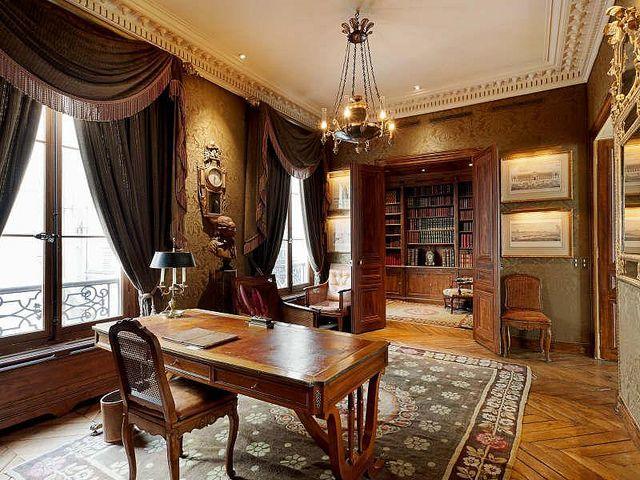 Victorian Style Office Offi