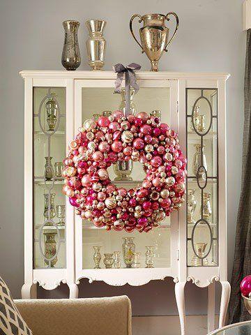 "Holiday Decor Inspiration from ""At First Blush"" blog  http://atfirstblush.onsugar.com/Holiday-Decor-Inspiration-20728750#"