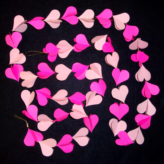 Hot pink and pale lavender heart garland.