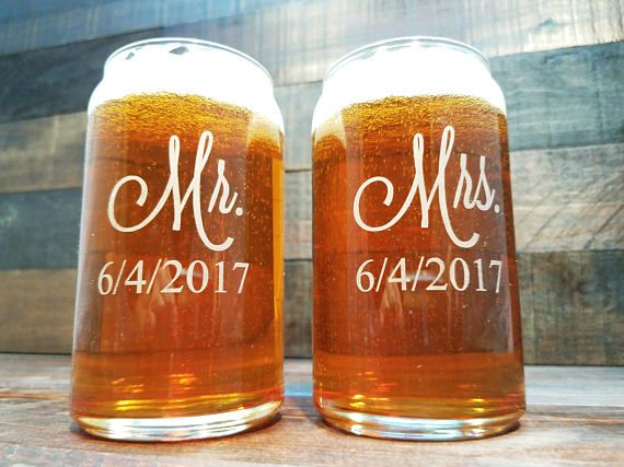 mr and mrs beer glasses personalized beer can glass custom