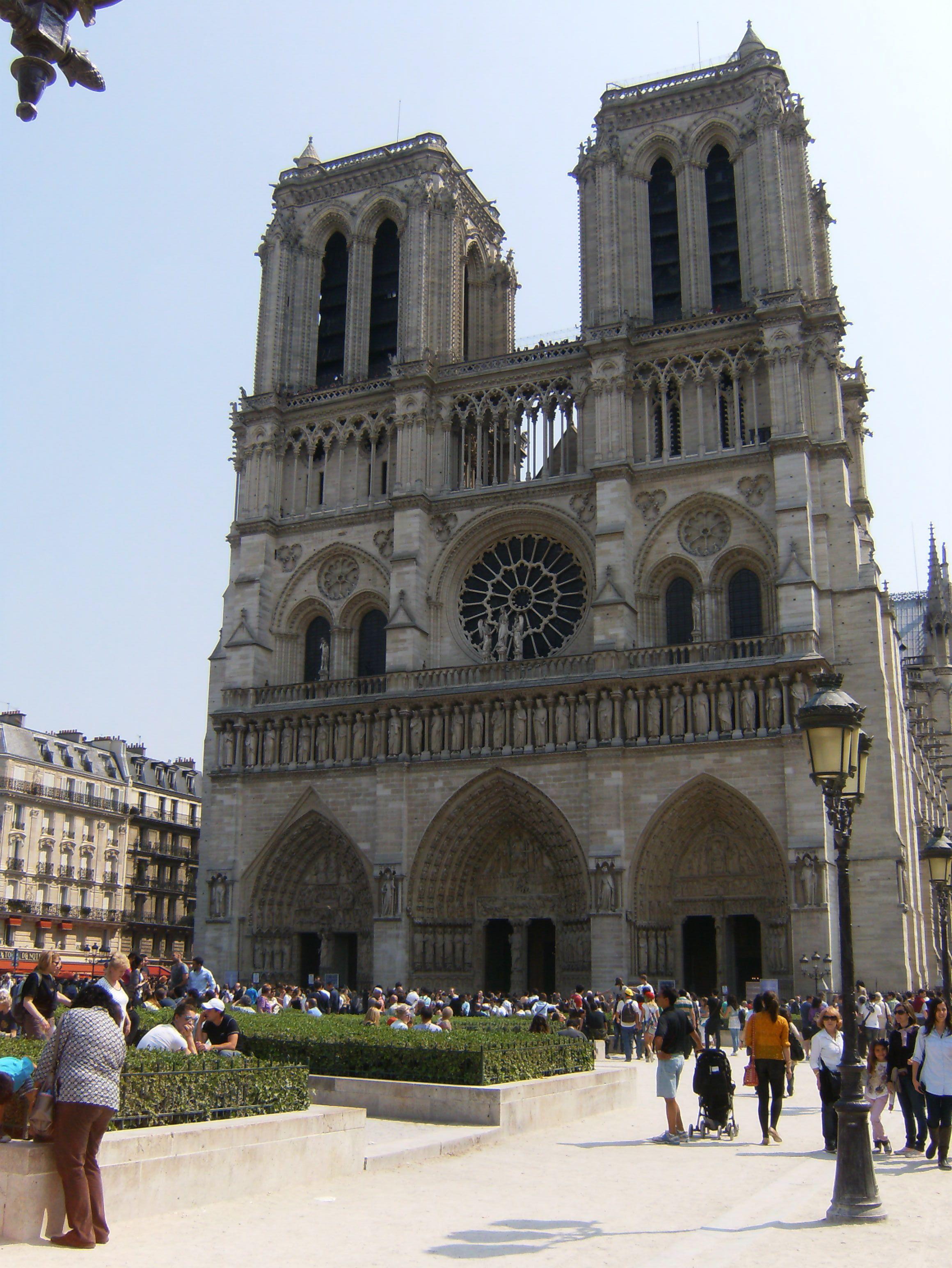 Catedral de Notre Dame, um dia vou conhecer com meus 3 amores!!!