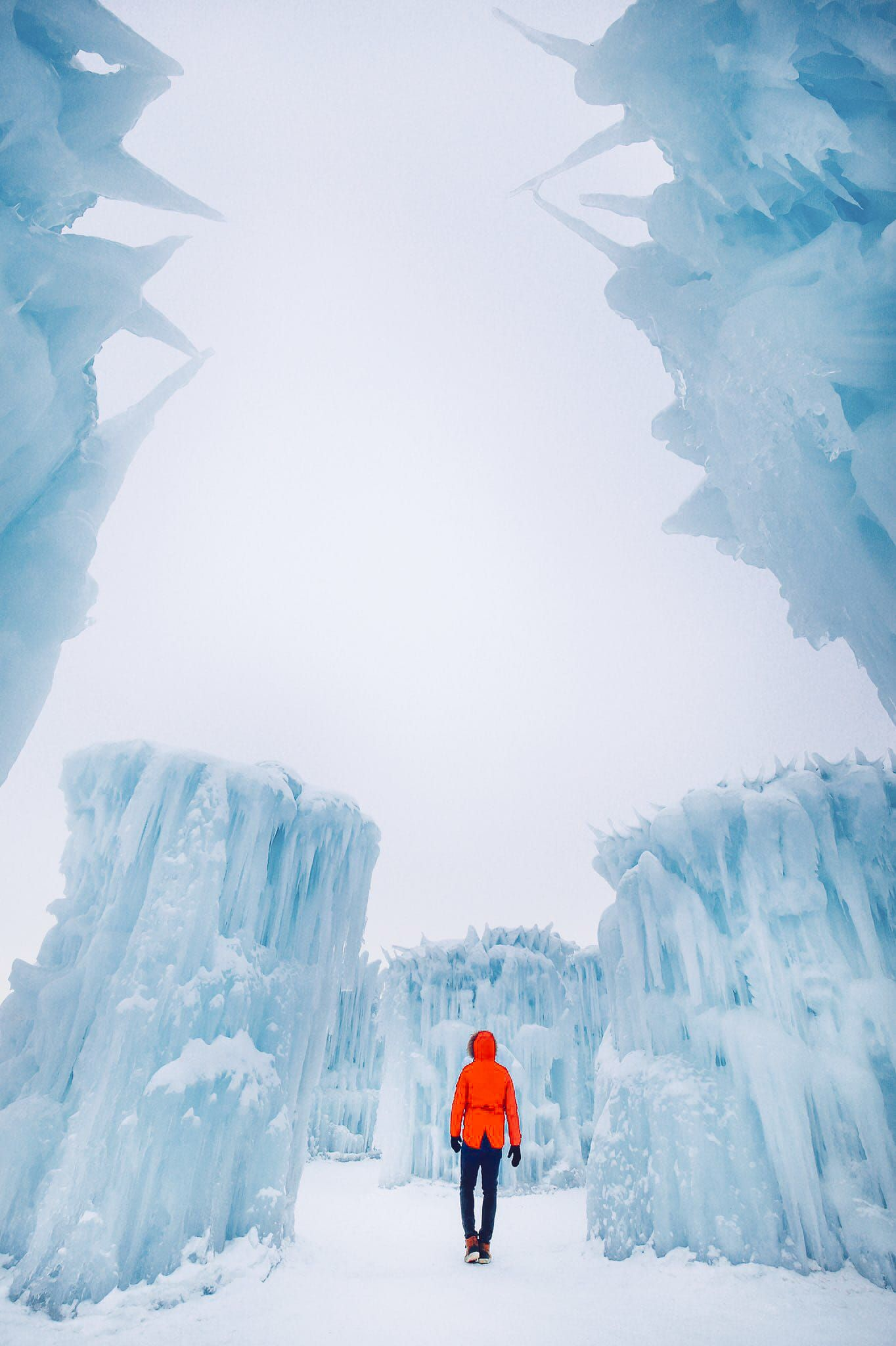 How To See The Most Beautiful Ice Castle In Alberta