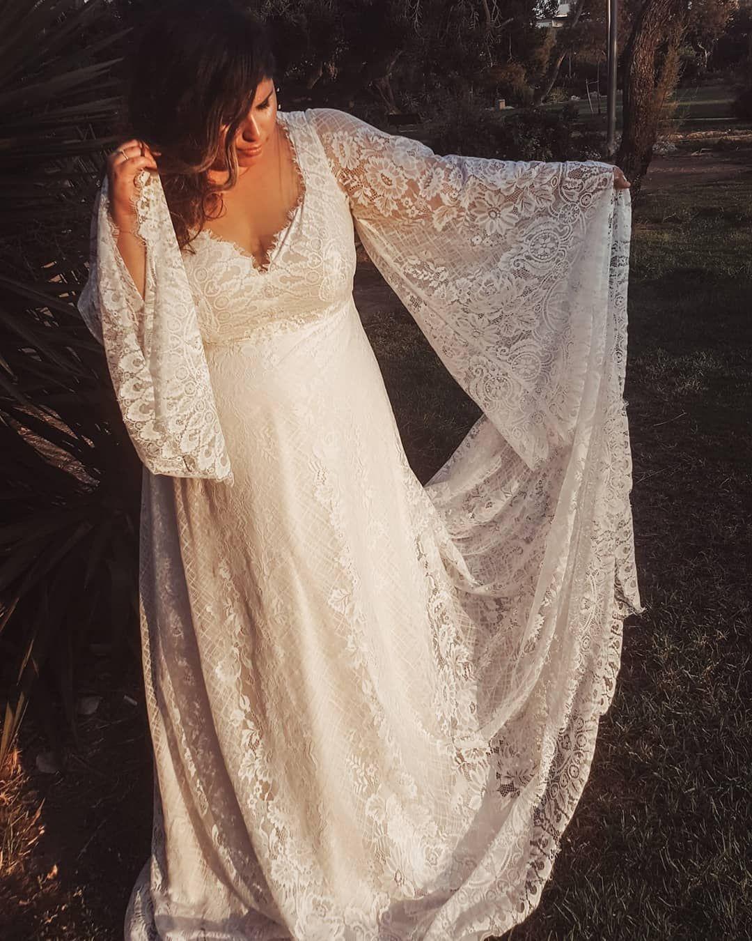 Bohemian Romantic Blush Plus Size Wedding Dress With Gorgeous Bell Sleeves Long Train An Bell Sleeve Wedding Dress Wedding Dresses Boho Wedding Dress Bohemian [ 1350 x 1080 Pixel ]