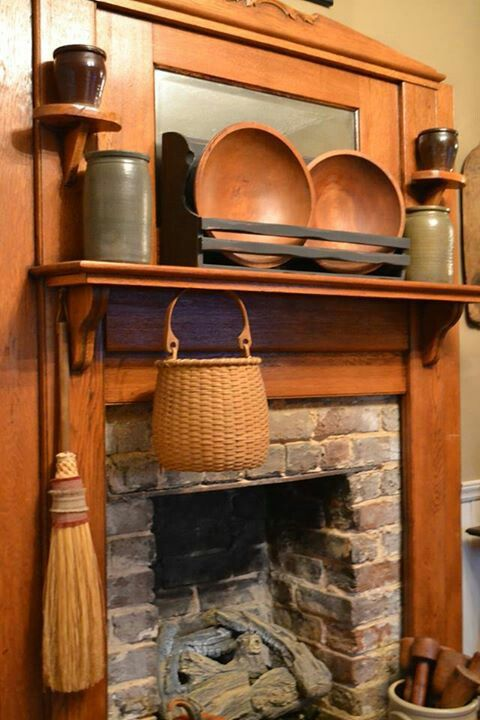 Eva Mcnulty Photo Like The Plates In The Black Wood Holder Could Make That Like Green Ceramic D Primitive Decorating Country Country Decor Primitive Fireplace
