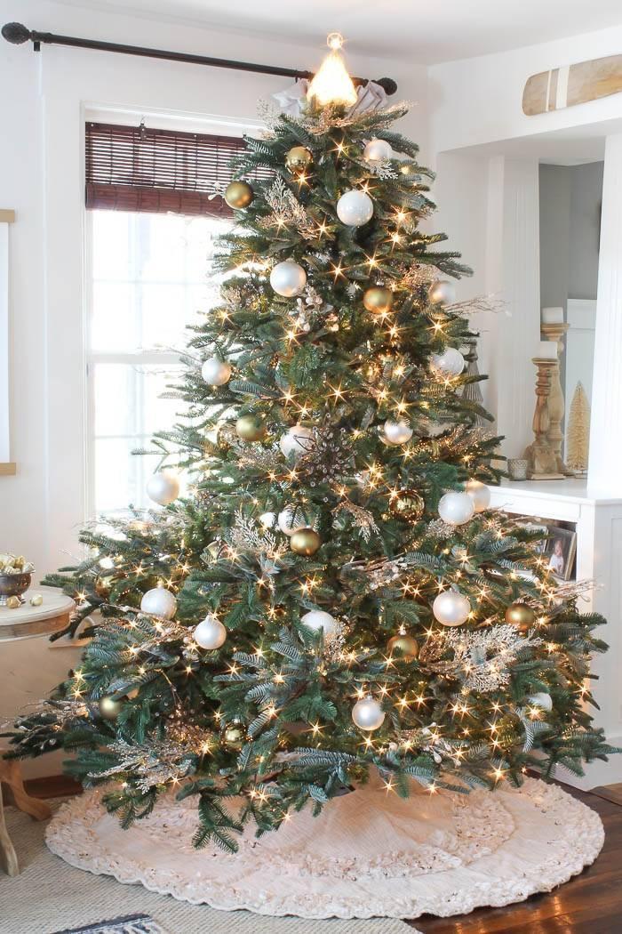 Bh Essentials Metallic Ornament Set Balsam Hill Christmas Tree Inspiration Farmhouse Christmas Christmas Decorations Rustic