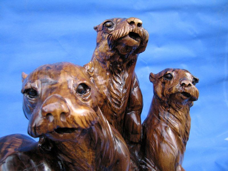 Chainsaw Carving Arts Animal Sculptures Otter | Chainsaw Carving ... Kettensaegenkunst Holz Carving Motorsaege