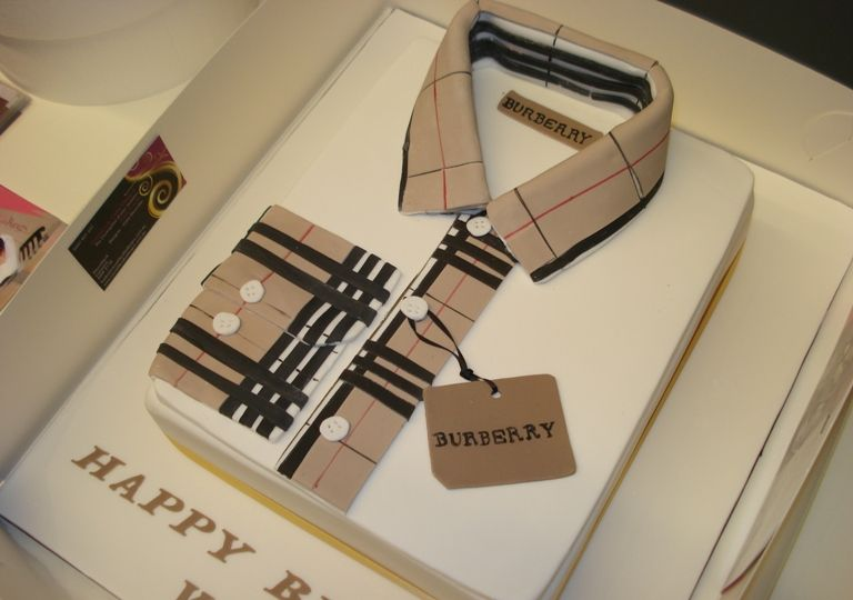 burberry themed cake - Google Search