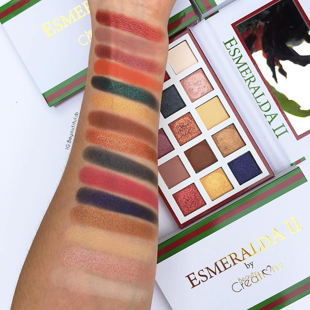 Esmeralda makeup palette