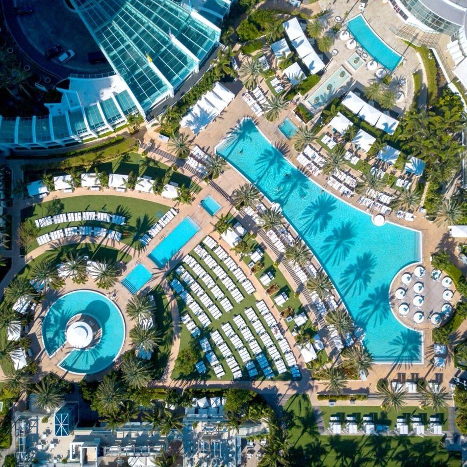 Fontainebleau Miami Beach Hotel Landscape Fontainebleau Miami Beach Fontainebleau Miami
