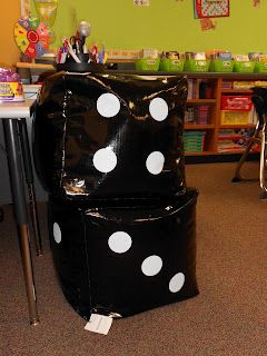 Excellent Dice Bean Bag Chairs For Students To Sit On While They Are Evergreenethics Interior Chair Design Evergreenethicsorg