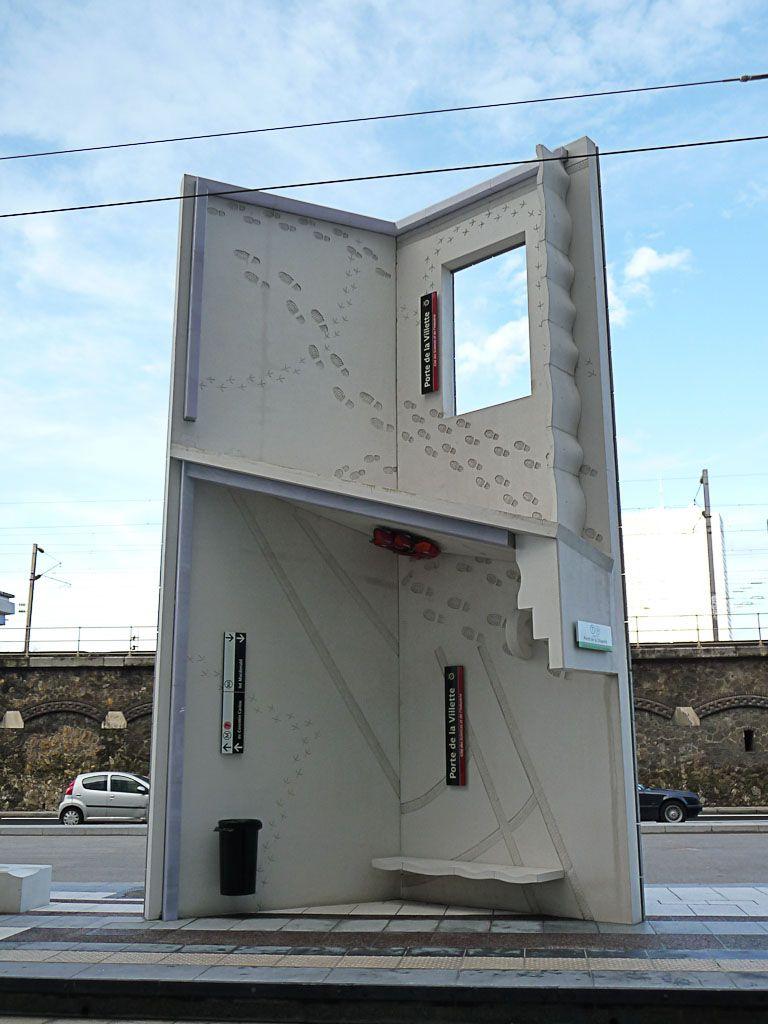empreintes de pas et de pattes d oiseaux la station du tramway porte de la villette cit des. Black Bedroom Furniture Sets. Home Design Ideas