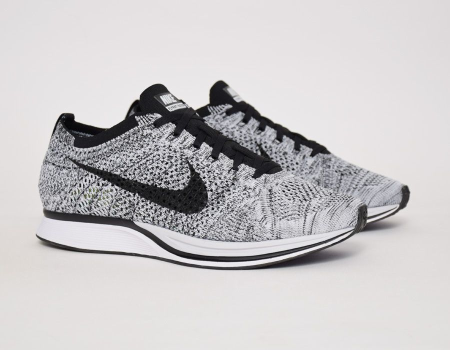 Nike Flyknit Racer White Pinterest Noir Fashion Pinterest White Chaussure a053a5