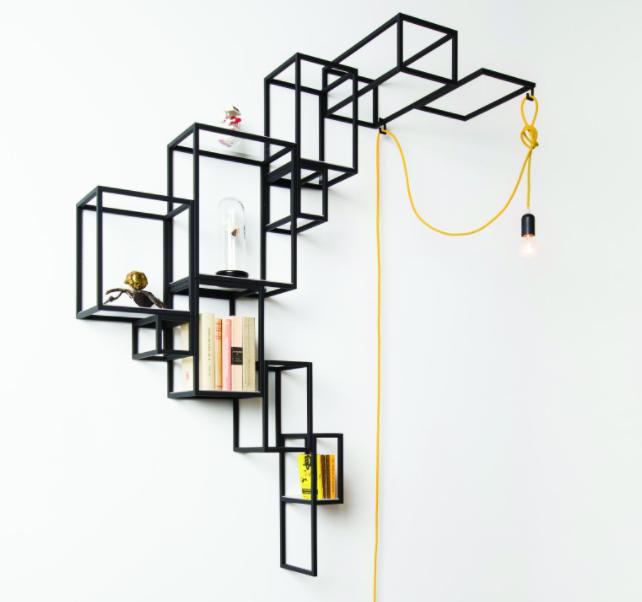 Une jolie étagère métal fine - meuble bibliothèque | Etagere metal ...