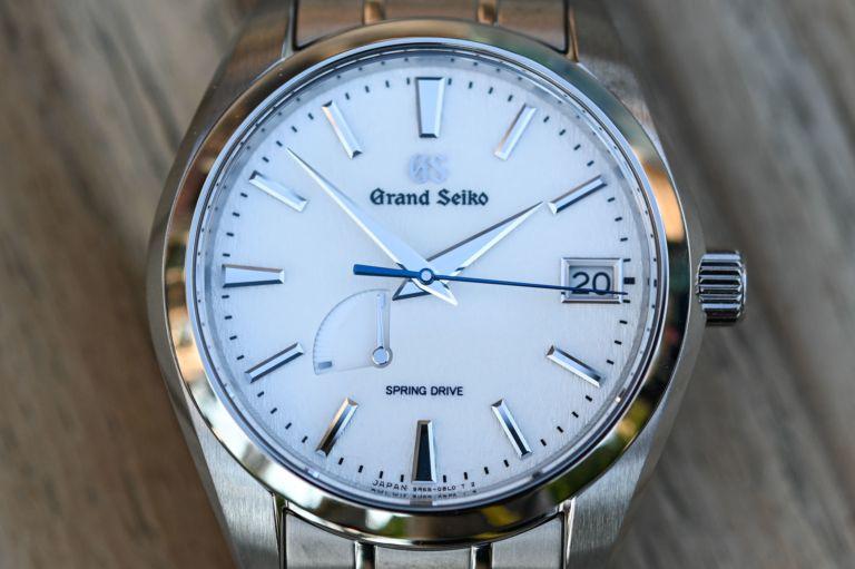 Grand Seiko Spring Drive Snowflake Titanium SBGA211 | REVIEW