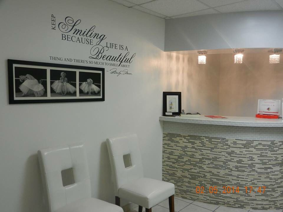 Resultado de imagen para dise o de salas de espera de - Decoracion clinica dental ...
