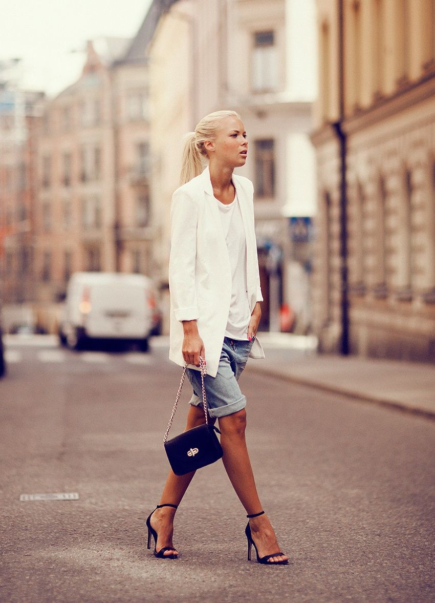 that white blazer with the rolled up cut-offs... yep. pay that. #VictoriaTornegren does it again.