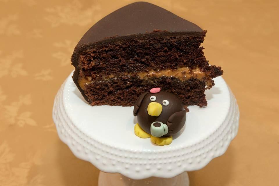 Chocolate Caramel Birthday Cake With Personalised Fondant Nz Kiwi